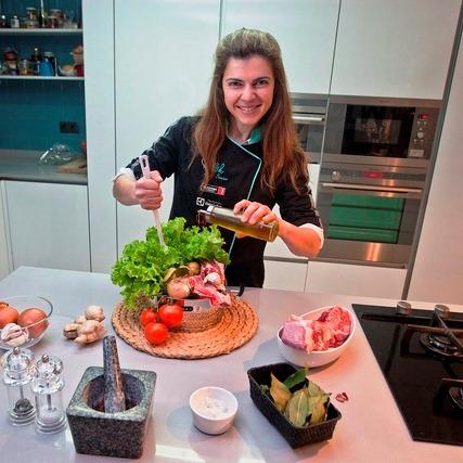 Famalicão 02/05/2012  - Chef Lígia Santos, vencedorea do concurso master chef. (Leonel de Castro/Global Imagens)